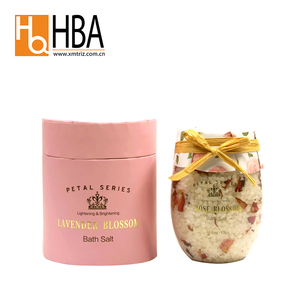 China Wholesale Cleaning White Flower Petal Rose Bath Salt for Body Spa