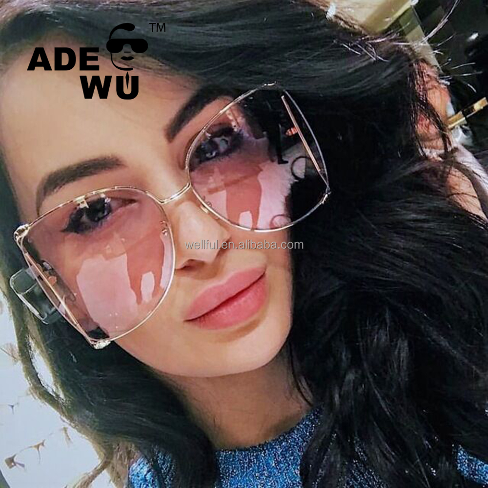 ADE WU STY1845KN Newest Fashionable Cat Eye Oversized Womens Sunglasses 2018 Luxury Brand Pearl Metal Hollow glasses