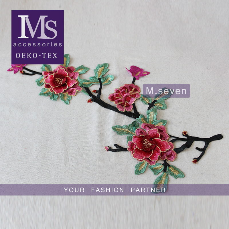 Customize wholesale 3D rose flower applique embroidery flower patches for clothes