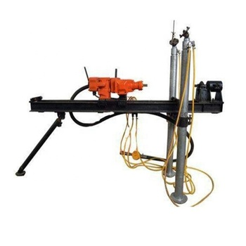 Large output pneumatic drilling rig