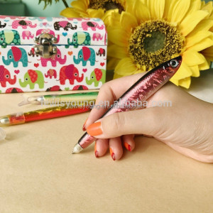Short fish shaped plastic pen, Craft ballpoint pen