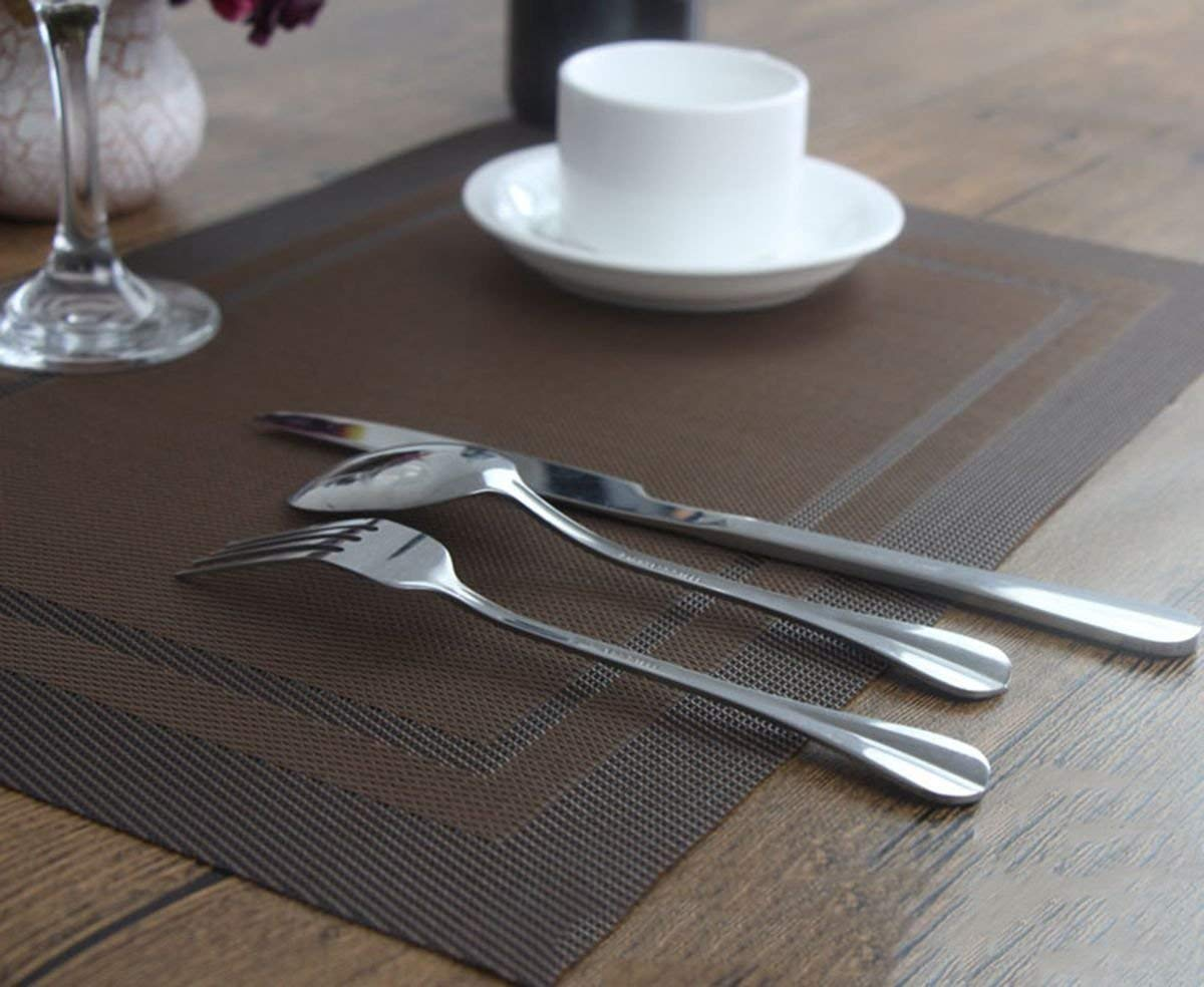 YO FUN Set of 6 PVC Placemats Washable Non-Slip Rectangle 45x30CM Table Mats Heat-Insulation Placemat Decoration for Home, Kitchen, Restaurant, Hotel, Brown