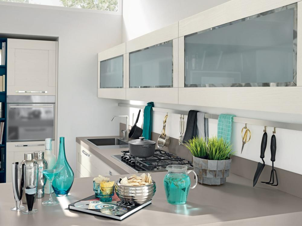 Customized Affordable Solid Cheap Price Modern Kitchen Cabinet