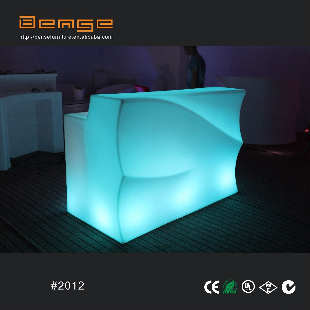 wasserdichten outdoor tragbare led beleuchtung bartresen beleuchtete bar m bel kunststoff tisch. Black Bedroom Furniture Sets. Home Design Ideas