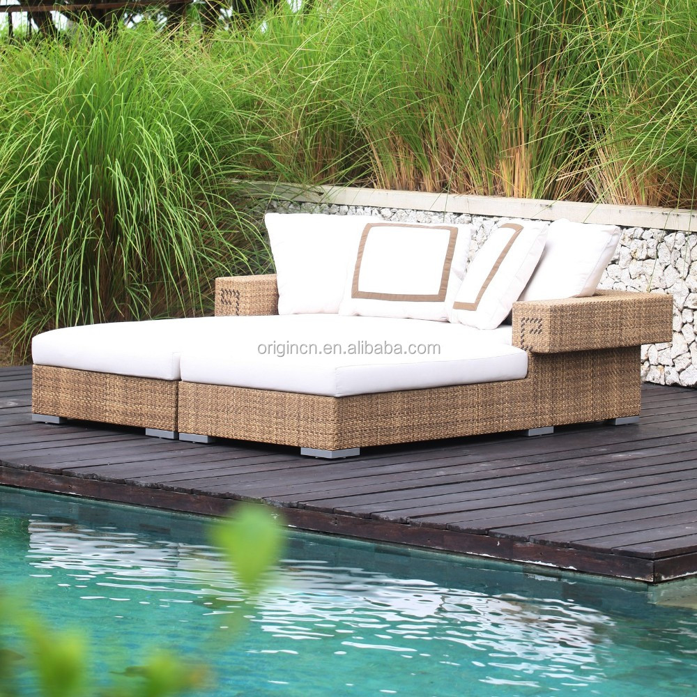 Stylish double seater innovative pool daybed furniture rattan outdoor lounger