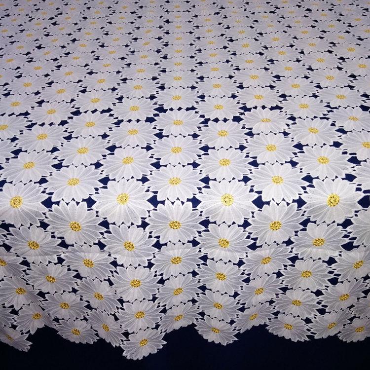 Último bordado de tela de mesa de lujo de ropa de cama para bodas ...
