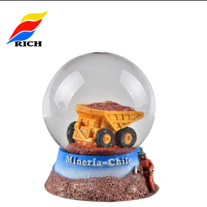 Chile miner design resin snow ball souvenir with blowing snow