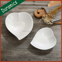 Popular ceramic new bone china heart shape serving plate/dish/bowl for Valentine's day