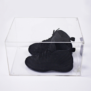 Custom Clear Transparent Magnetic Sneaker Display Acrylic Drop Front Shoe Case Box with Magnet opening door