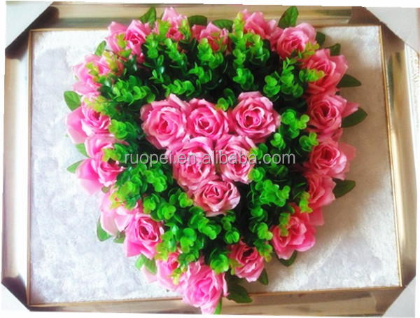 Real Touch Wholesale Artificial Heart Shape Flower Wreath