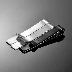 Factory delivery price jewelry cheap tie stainless steel retaining clip