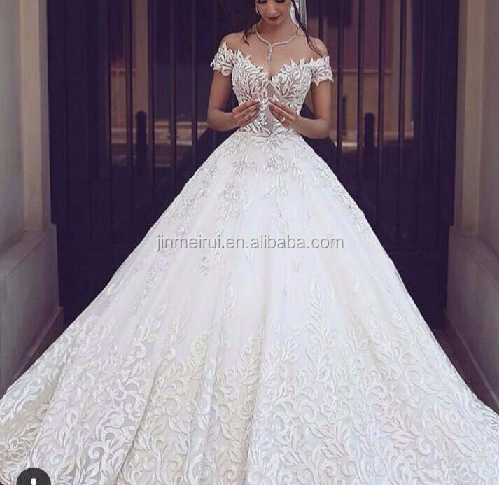 New Arrival 2017 Luxury Exquisite White Vestidos De Novia Ball Gown Court Train Lace Backless Wedding Dresses Buy Picture Of Latest Gowns