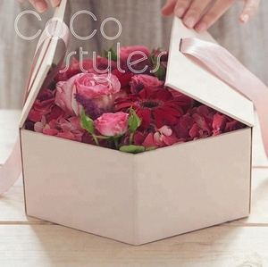 Cocostyles custom elegant hexagon hard cover flower box with ribbon for high end wedding party or valentine's day gift set