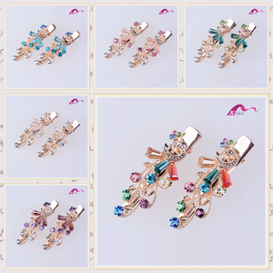 China Yiwu New Designs Trendy Colorful Hairpins Hair Ornaments Glass Crystal Flower Birds Decorated Hair Clips For Girls