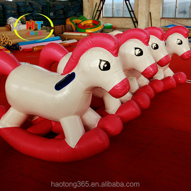 inflatable horse4