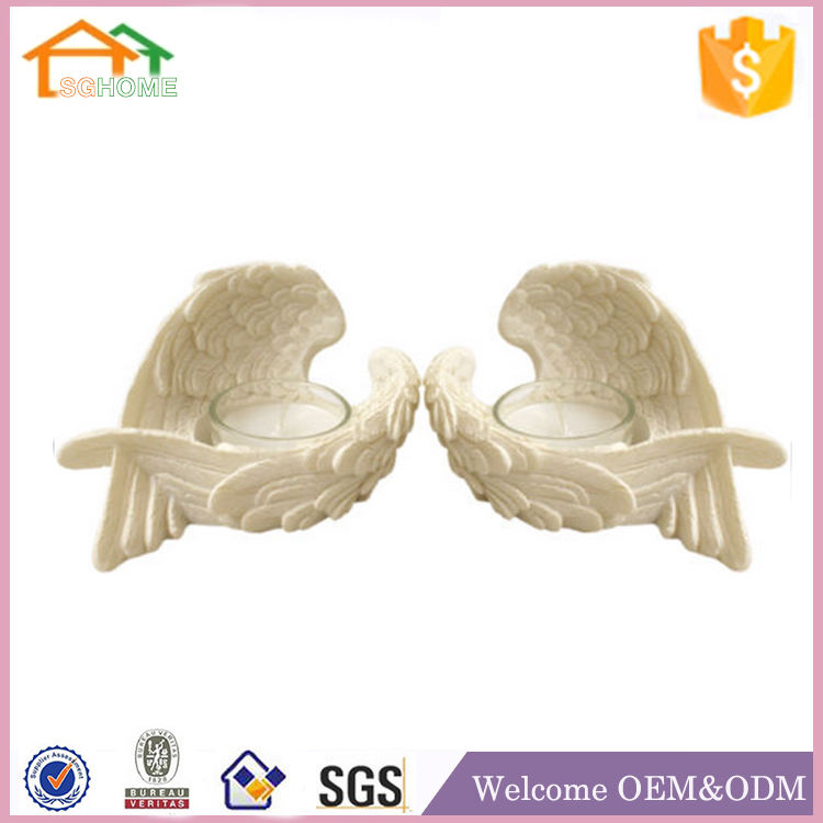 Factory Custom made home decoration canfle holder polyresin resin angel wings