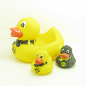 New design custom made Eco friendly Baby Rubber Duck family sets bath toys