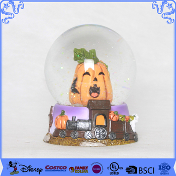 Factory price halloween pumpkin snow globe