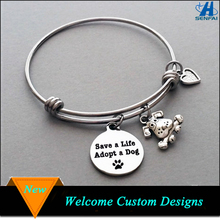 Pet Jewelry Stamped Dog Paw Print Engraved Dog Charm Stainless Steel Expandable Charm Bracelet for Dog Lover
