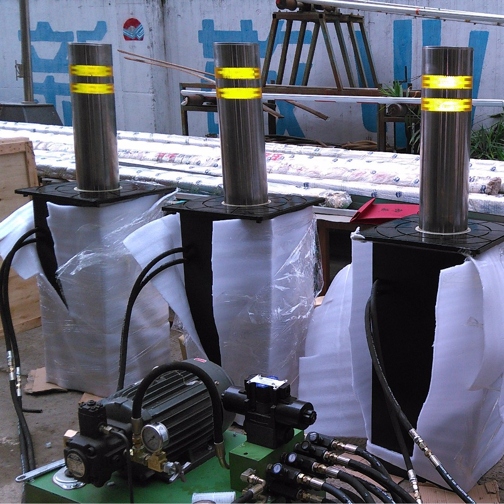 Remote Controlled Automatic Electric Bollards Retractable