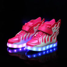 Hot sell kids luminous light up shoes,2017 china children led shoes with fish wings