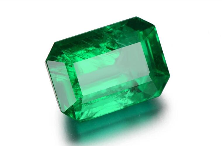 Resultado de imagen para emerald cut gemstones
