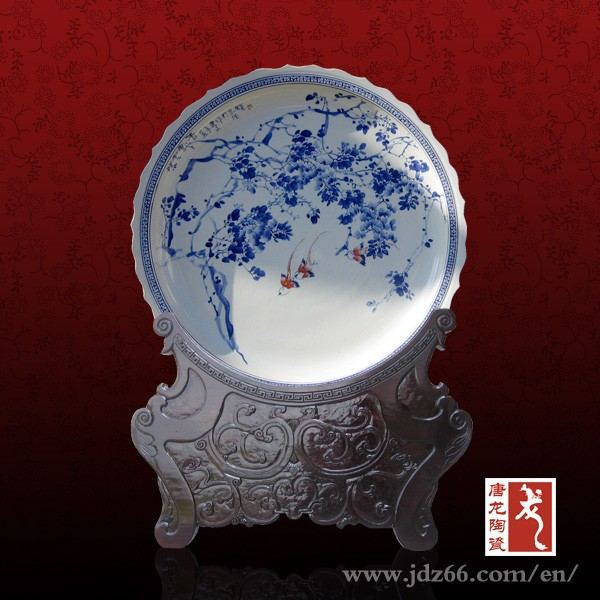 Blue and white porcelain hand painted roses design dishes made in China