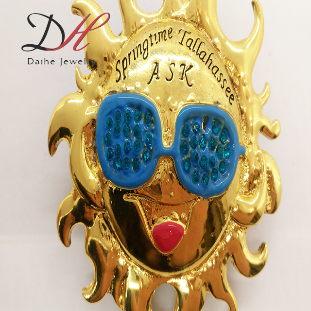 Fashion Women Cute Style Smile Sun Gold Alloy Brooch