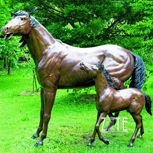 Hot Casting Bronze Life Size Horse and Foal Sculpture
