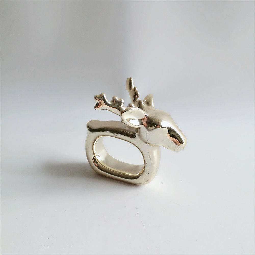 New 2019 Wholesale Handmade electroplated gold deer Ceramic table Napkin Rings