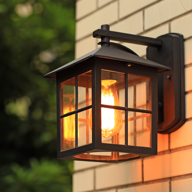 Outdoor Warehouse Light: Wall Lamp American Country Style Simple Modern Waterproof