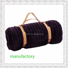 100% polyester flannel fleece factory promotional china travel blanket carry handle throw BROWN&PURPLE