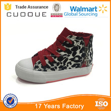 textile upper canvas shoe