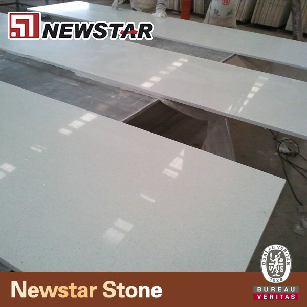 Newstar Quartz Blanc Brillant Prefabrique Comptoir