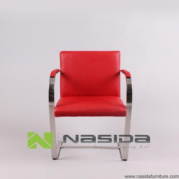 Brno stuhl cool referenz koda showroom stuhl pulse with for Design stuhl replik