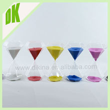 Material: Borosilicate Glass + MOQ:500pcs+ factory price wholesale Clear Metal Round Tea Sand Timer