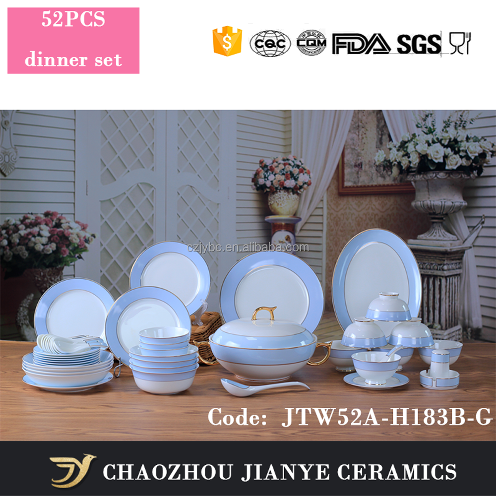 Alibaba Online Vendita Blu Decaled Con Bordo In Oro Dipinta Porcellana Da Tavola Set Fine Bone China Dinnerware Set Di 52 PZ