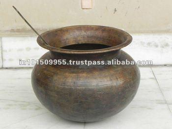 Elegant antique garden brass potsvintage brass pot buy at best elegant antique garden brass potsvintage brass pot buy at best prices on india arts workwithnaturefo