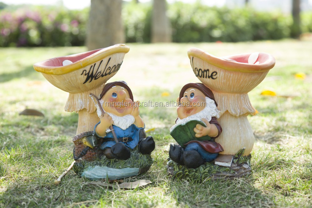 Yard Mushroom Classic Resin Gnome Garden Sculpture