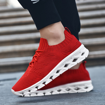 Three colors choices Fashion men casual sneakers men walking sport shoes  running shoes with net upper 196e084c2f6