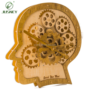 2019 wholesale factory price wooden wall clock gear-design hanging head-shape wall clock