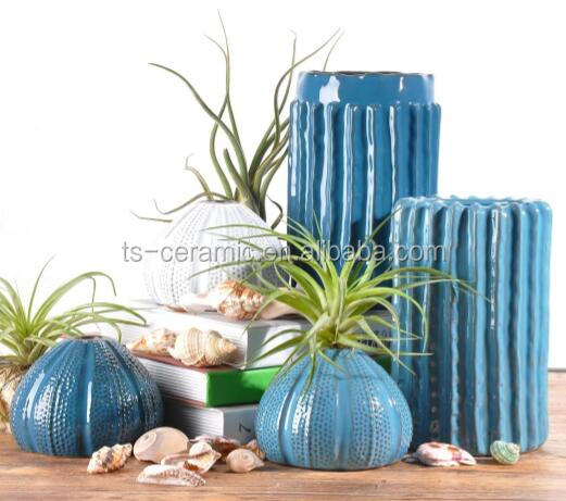 Mediterranean Style indoor home decoration and garden decoration onion shape blue and white flower vase