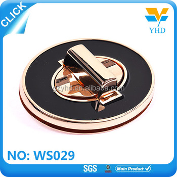 Fashion metal handbag triangle metal turn lock for handbags