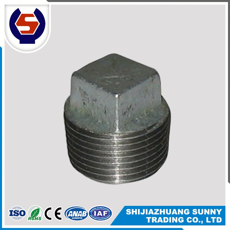names four way tee pipe fitting