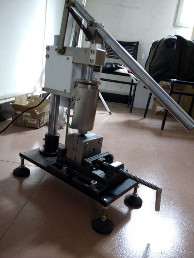 make your own injection molding machine