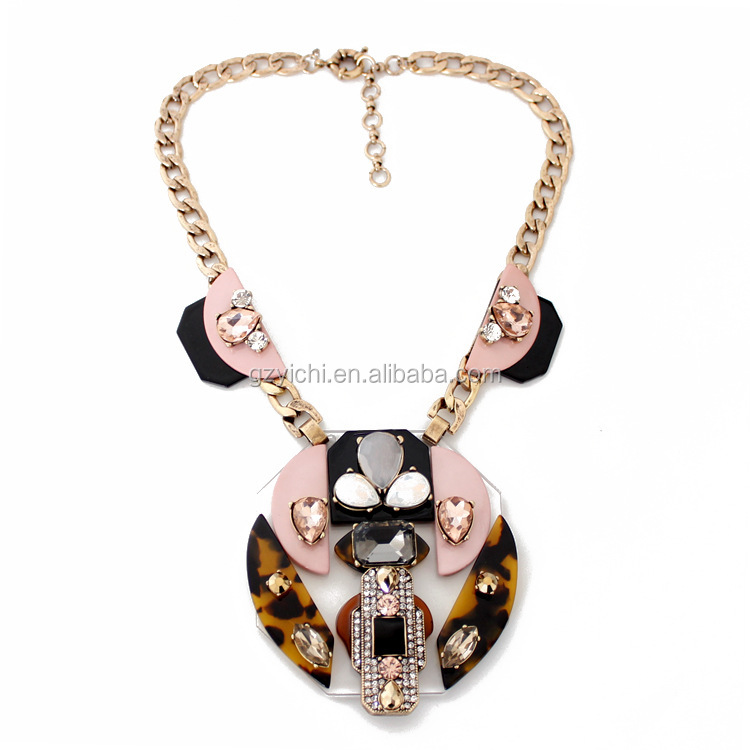 Fashion women latest design beads necklace High-grade necklace acrylic gemstone ornaments