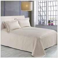 Plain dyed double side polyester quilt bed cover