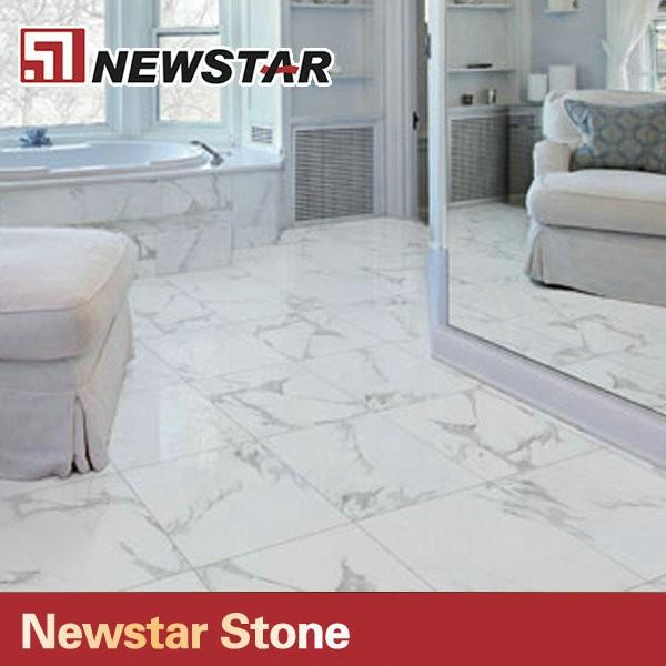 Bagno in piastrelle di marmo bianco di carrara design - Bagno marmo bianco ...