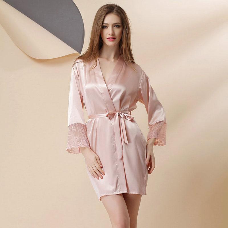 la mode des robes de france marque de robe de chambre femme. Black Bedroom Furniture Sets. Home Design Ideas