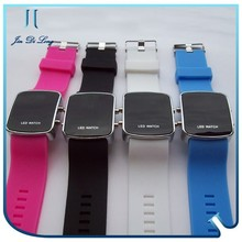 Hot sale fashion corporate promotional items silicone watches for men